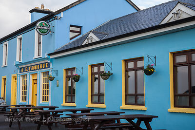 O'Donahue's pub, south of Ballyvaughan, The Burren, Ireland