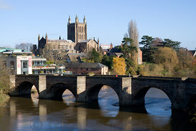 Hereford Cathedral, Old Bridge and River Wye, Hereford, Herefordshire, England.