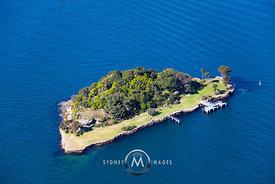 how to get to clark island sydney