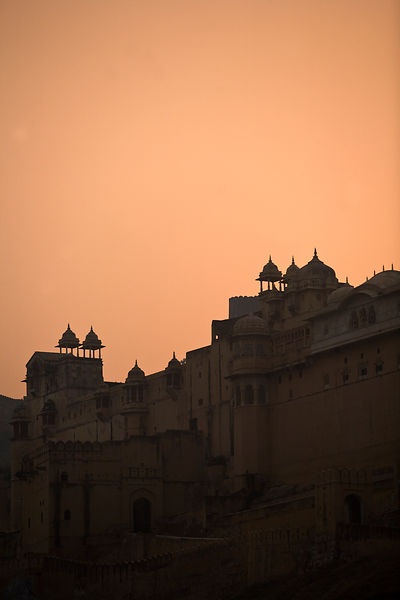 India - Rajasthan - Sunset over the Amber Fort