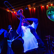Glen David Andrews photos