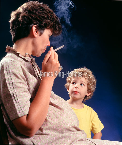 Pregnant woman smoking