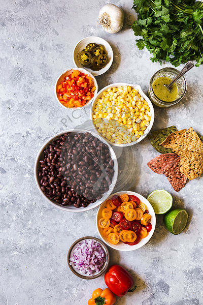 Black bean salsa ingredients