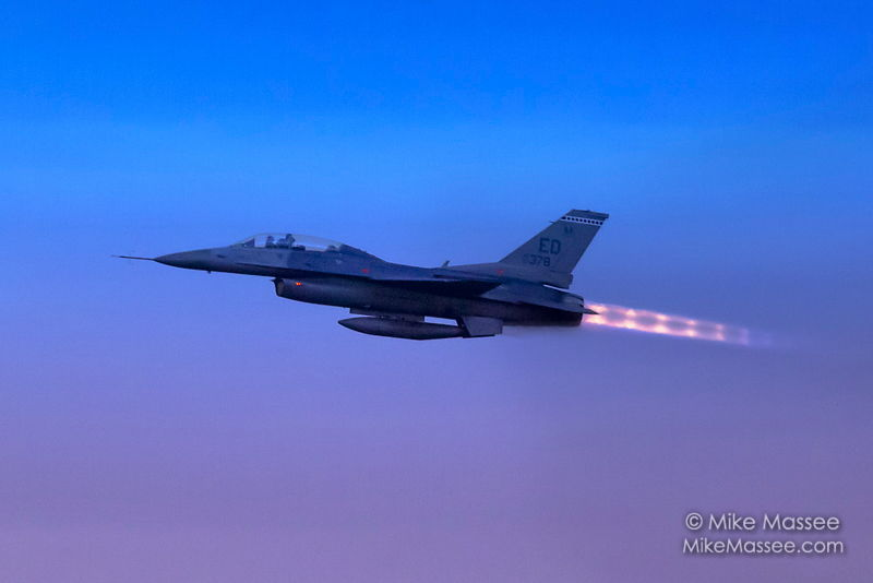 12-11-15_F16-afterburners-0857