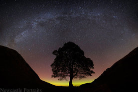 Sycamore Gap Aurora & Milky Way