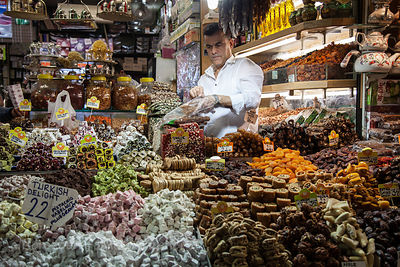 Turkish Delight and other sweet treats for sale in the spice market, Istanbul