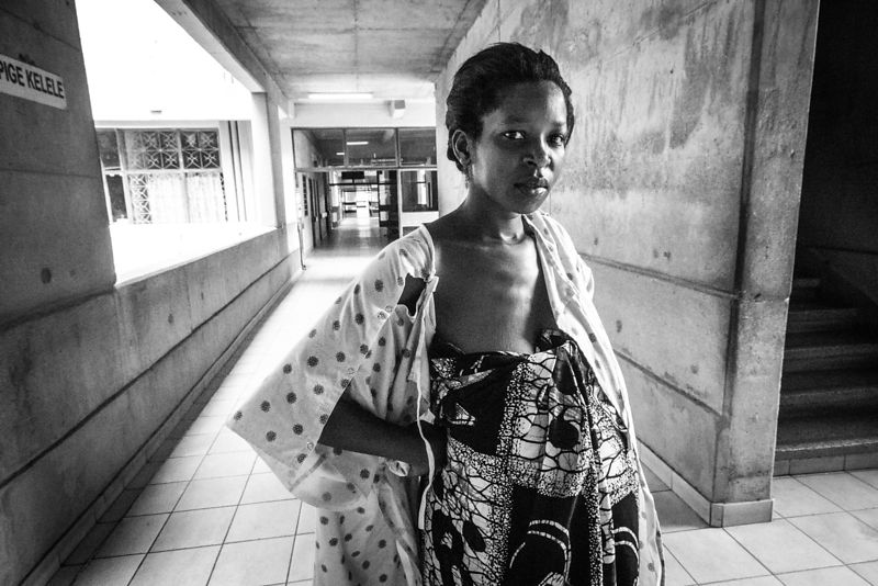 Woman waiting for labour, Bugando Hospital, Mwanza. (for the Touch Foundation)