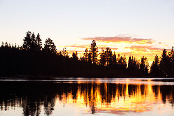 MANZANITA LAKE SUNSET LASSEN VOLCANIC NATIONAL PARK CALIFORNIA COLOR