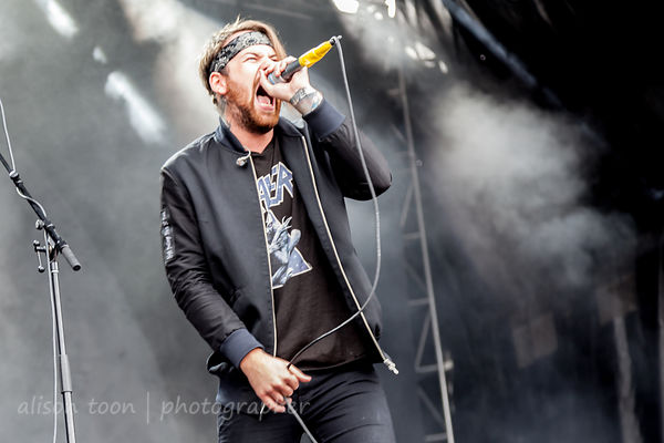 Beartooth at Louder Than Life 2017 photos