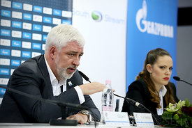 press_conf-meskov-gazprom-06-photo-uros_hocevar