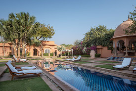 Kohinoor_Villa_-_Private_Pool_-_The_Oberoi_Rajvilas_Jaipur_(2)._Picture_credit_Mr._Abhishek_Hajela_v1_current