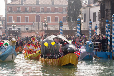 Red Eyed Rat leading the Water Parade opening the Venice Carnival 2017
