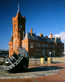 Victorian Pierhead Building and Merchant Seafarer's War Memorial, Cardiff Bay, Cardiff, South Wales.