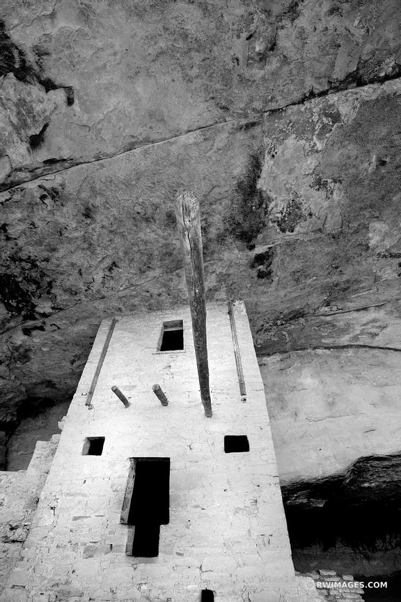 BALCONY HOUSE MESA VERDE NATIONAL PARK COLORADO BLACK AND WHITE