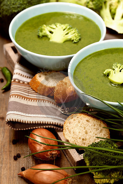 Traditional broccoli soup