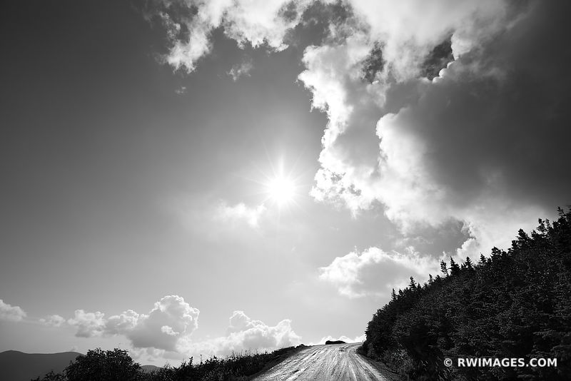 THE MOUNT WASHINGTON AUTO ROAD WHITE MOUNTAINS NEW HAMPSHIRE BLACK AND WHITE