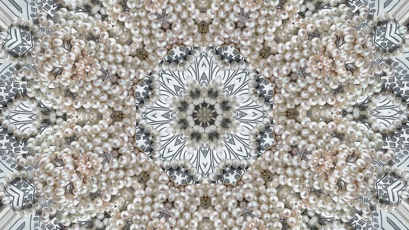 Abstract_background_real_pearl_jewelry_mix3