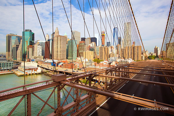BROOKLYN BRIDGE MANHATTAN SKYLINE NEW YORK CITY NEW YORK COLOR