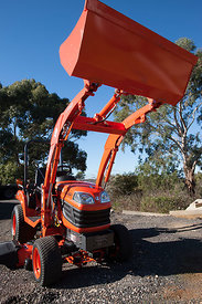 Kubota RX2360 with LA243 attachment