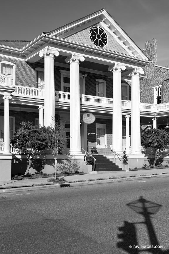 NATCHEZ BLACK AND WHITE