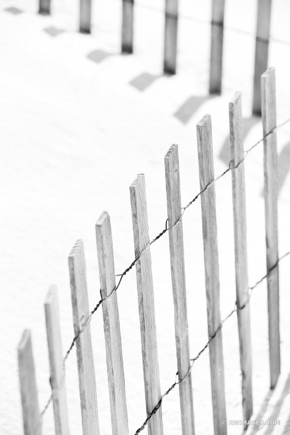 WOODEN BEACH FENCE LONG ISLAND BLACK AND WHITE VERTICAL