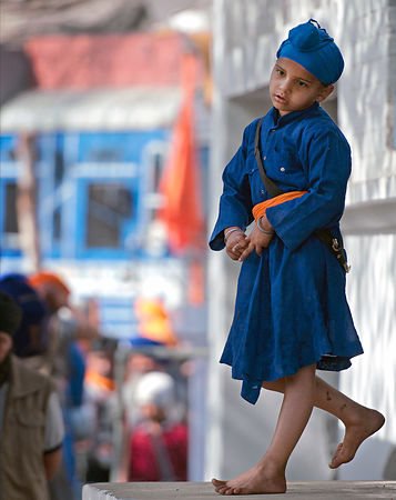 A young nihang boy reflects on life