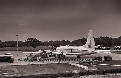 Flight 6377 just arrived | Britannia XL639 | RAF Changi July 1962