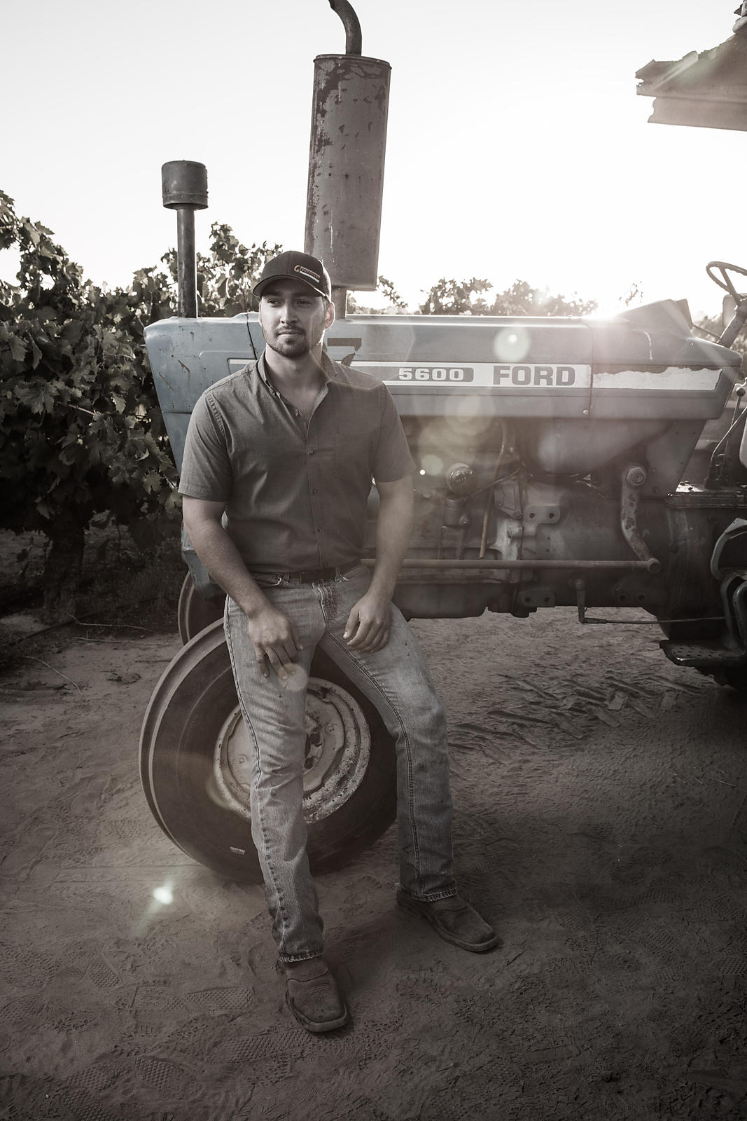Agricultural and industrial lifestyle photoshoot for Lodi winery by Jason Tinacci