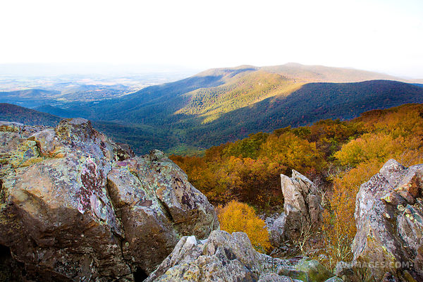 HAWKSBILL MOUNTAIN VIEW SHENANDOAH NATIONAL PARK VIRGINIA COLOR