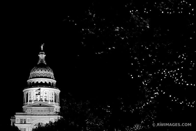 STATE CAPITOL BUILDING AUSTIN TEXAS NIGHT BLACK AND WHITE HORIZONTAL