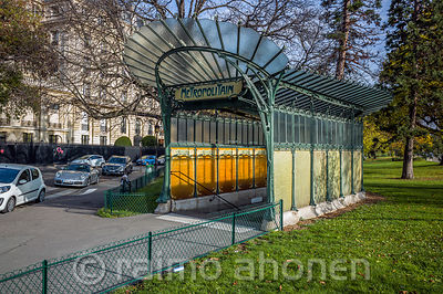 Travel in Paris photos