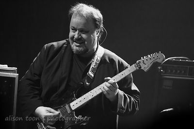 Steve Rothery, guitar, Marillion, Montreal, 2015, Sunday