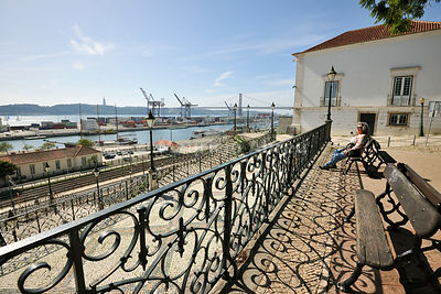9 de Abril garden, a good viewpoint to the Tagus river. Lisbon, Portugal (MR)