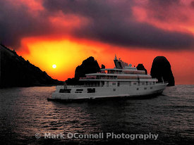 Motor yacht Sunrise at sunrise