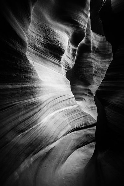 8394-Antelope_Canyon-Arizona_USA_2014_Laurent_Baheux