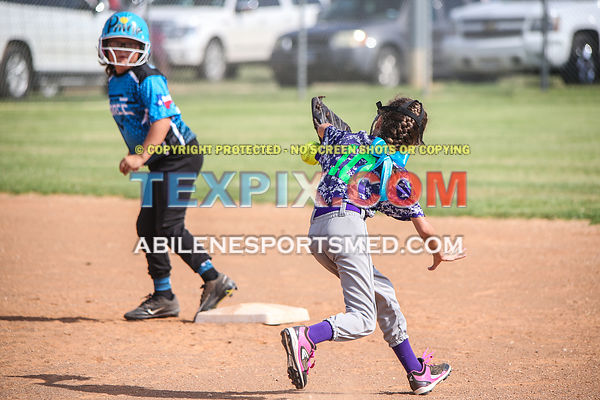 08-19-17_SFB_8U_Diamond_Divas_v_West_Texas_Force-40