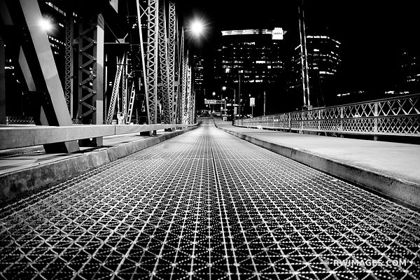 HAWTHORNE BRIDGE DOWNTOWN PORTLAND OREGON AT NIGHT BLACK AND WHITE
