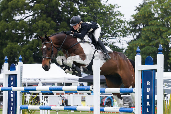 Ashburton Grand Prix Showjumping & Showhunter Show photos