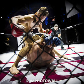 19092015CageEncounter4_DSC6648