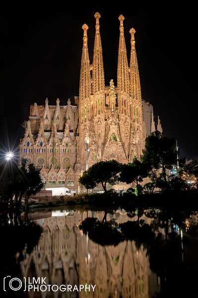 Sagrada Familia Night