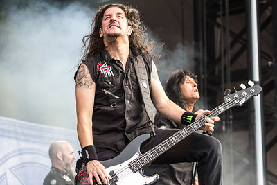 Frank Bello, bass, Anthrax