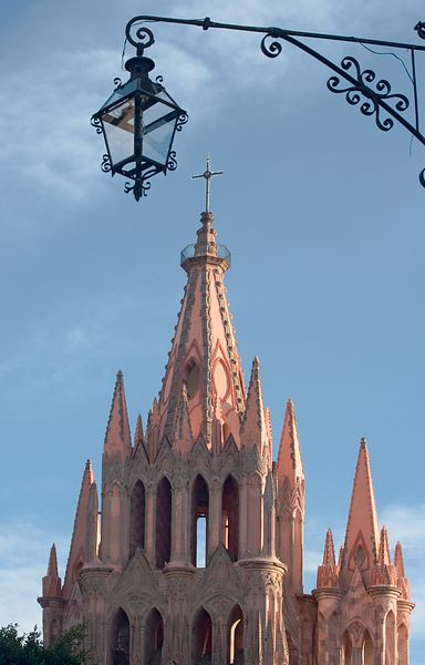 Parroquia and Light