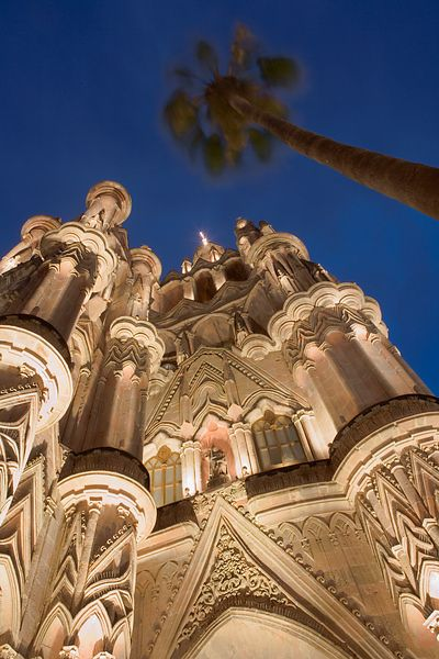 Looking up at the Parroquia
