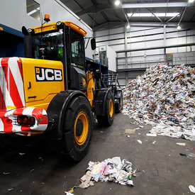 5.10.11.Blochairn, Glasgow..The Shanks new recycling facility at Blochairn, Glasgow...More info from:.carolyn.dealy@collegehill.com.Carolyn Dealey, Business Communications, College Group..+44 (0)20 7457 2020..Picture Copyright:.Iain McLean,.79 Earlspark Avenue,.Glasgow.G43 2HE.07901 604 365.photomclean@googlemail.com.www.iainmclean.com.All Rights Reserved