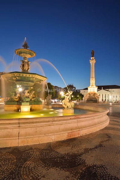 Fountain dating back to 1889, in the centre of the Praça Dom Pedro IV, with mythological statues. Rossio, Lisbon. Portugal