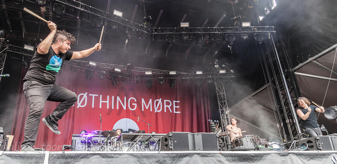 Nothing More at Louder Than Life 2017 photos