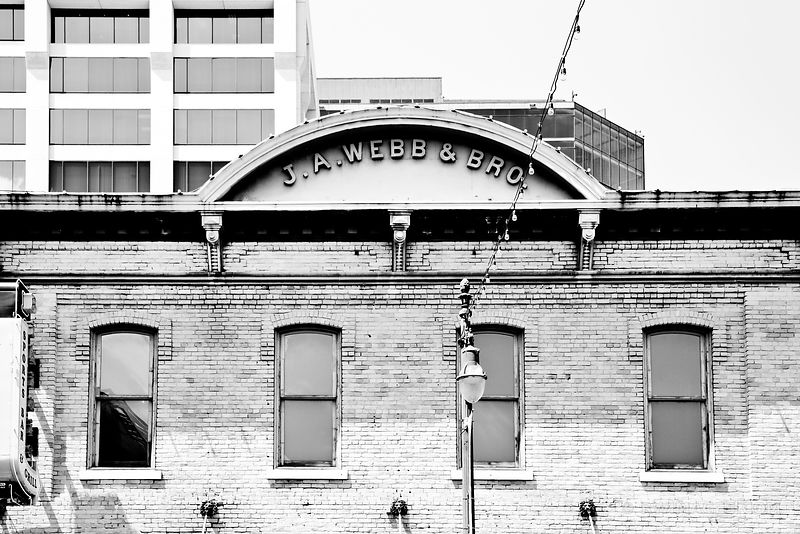 SIXTH STREET HISTORIC DISTRICT DOWNTOWN AUSTIN TEXAS BLACK AND WHITE