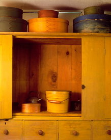 Cupboard with oval boxes