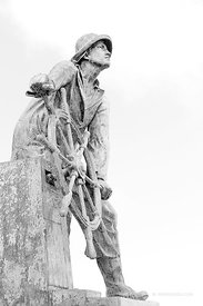 GLOUCESTER FISHERMAN MEMORIAL STATUE GLOUCESTER CAPE ANN MASSACHUSETTS BLACK AND WHITE