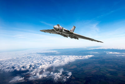 Vulcan in flight